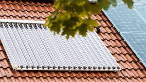 Erweitern Sie Ihre besthende Ölheizung durch eine Solartherme