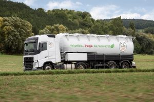Die fachgerechte Anlieferung ist für die Qualität der Pellets entscheidend. Foto: Deutsches Pelletinstitut