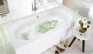Wasser sparen sollte niemand davon abhalten, ab und zu ein schönes Wannenbad zu genießen. Foto: Mauersberger